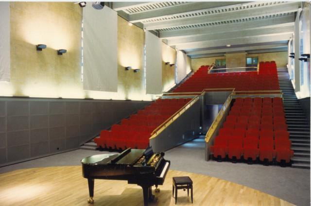 Salle de l 39 auditorium villefranche sur sa ne equipement - Cinema les 400 coups villefranche sur saone ...