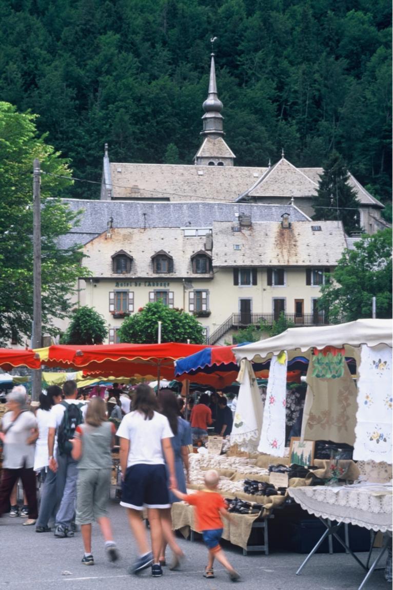Marchés, Brocantes et Vide-greniers