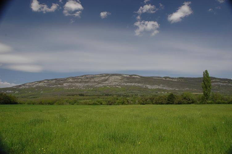 Le Vuache depuis le plateau des Daines
