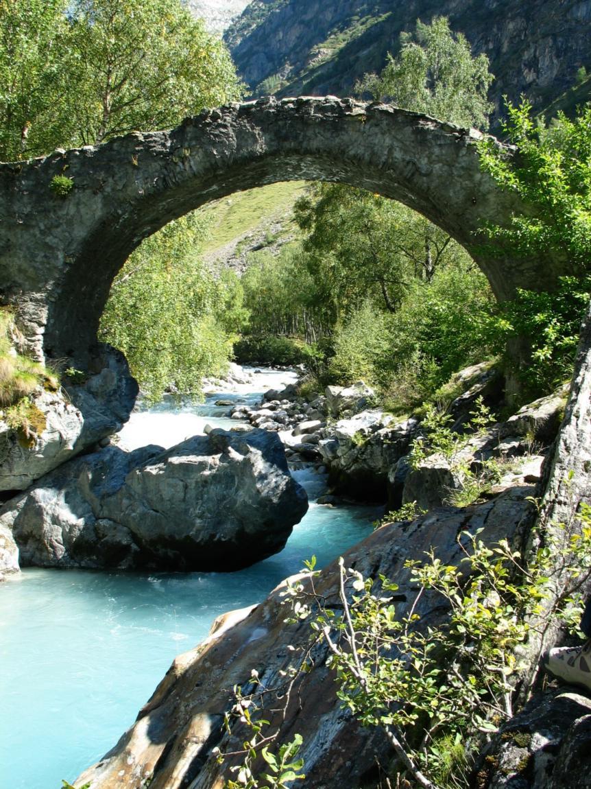 pont des rajas.JPG