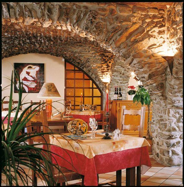 restaurants maurienne tourisme. Black Bedroom Furniture Sets. Home Design Ideas