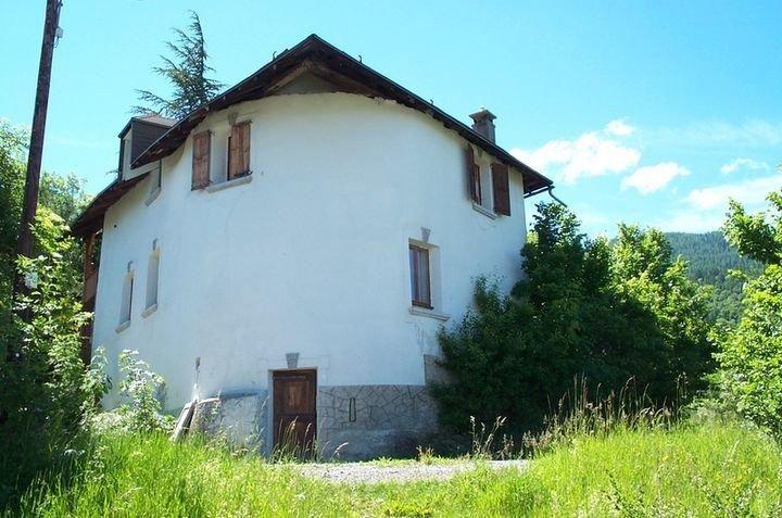 La maison blanche hautes alpes for La maison du massif