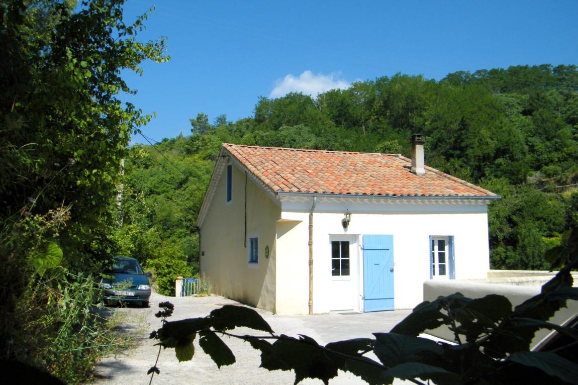 Gîtes à Privas en Ardèche Buissonnière. : La Maison Monet