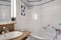 Vichy Célestins Spa Hôtel Salle de bains Ⓒ Jérôme Mondière - 2018