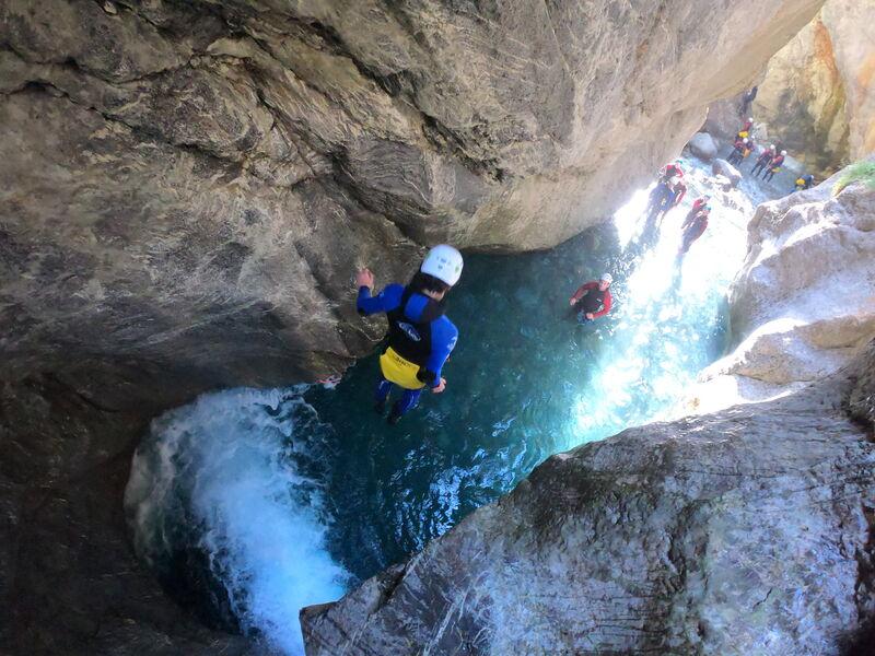 Saut canyon - © Maloya canyon aventure