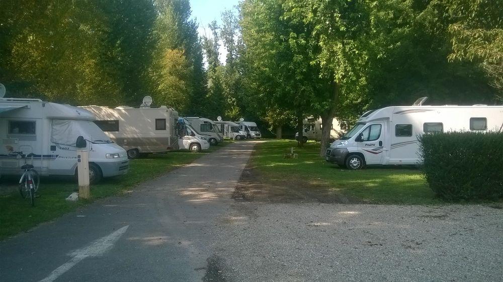 campingcarsparkaixlesbainsrivieradesalpes