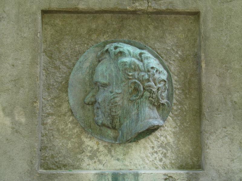 Médaillon Stendhal réalisation Rodin