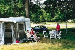 Camping municipal Emplacement Ⓒ Mairie Vallon-en-Sully