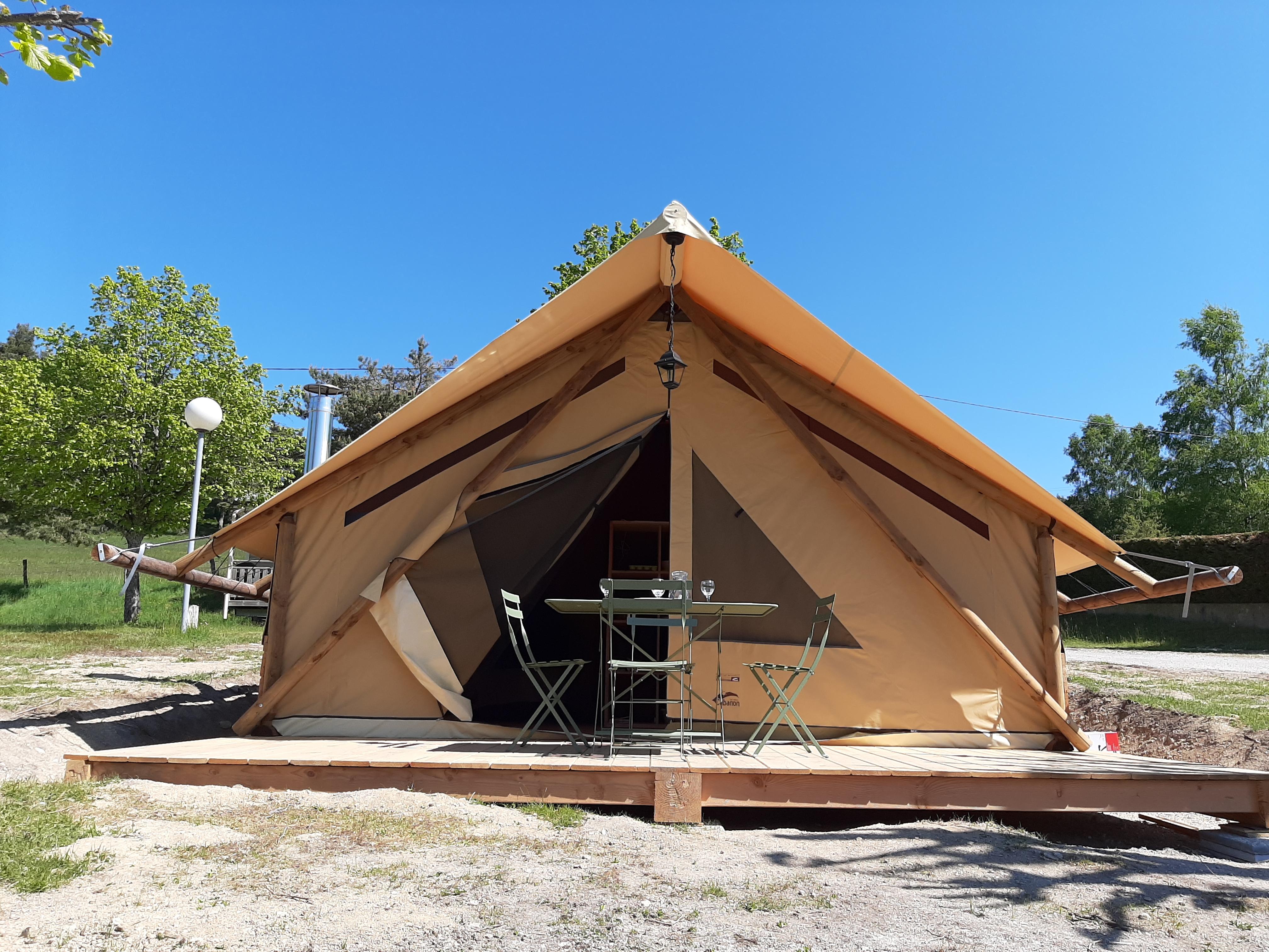 Tente Lodge Safari (Lalouvesc,Ardèche), Unusual accommodati