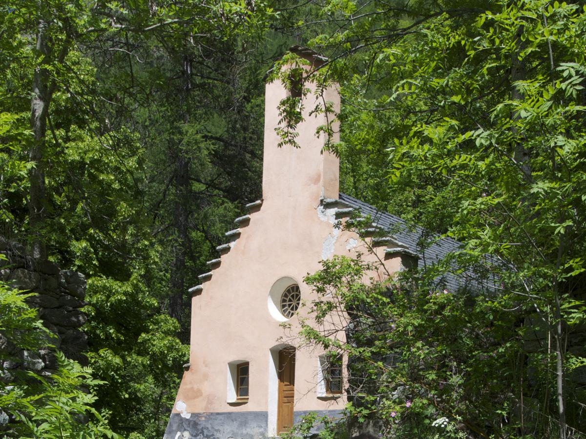 Eglise restaurée de l'ancien Hameau de Navette, Valgaudemar
