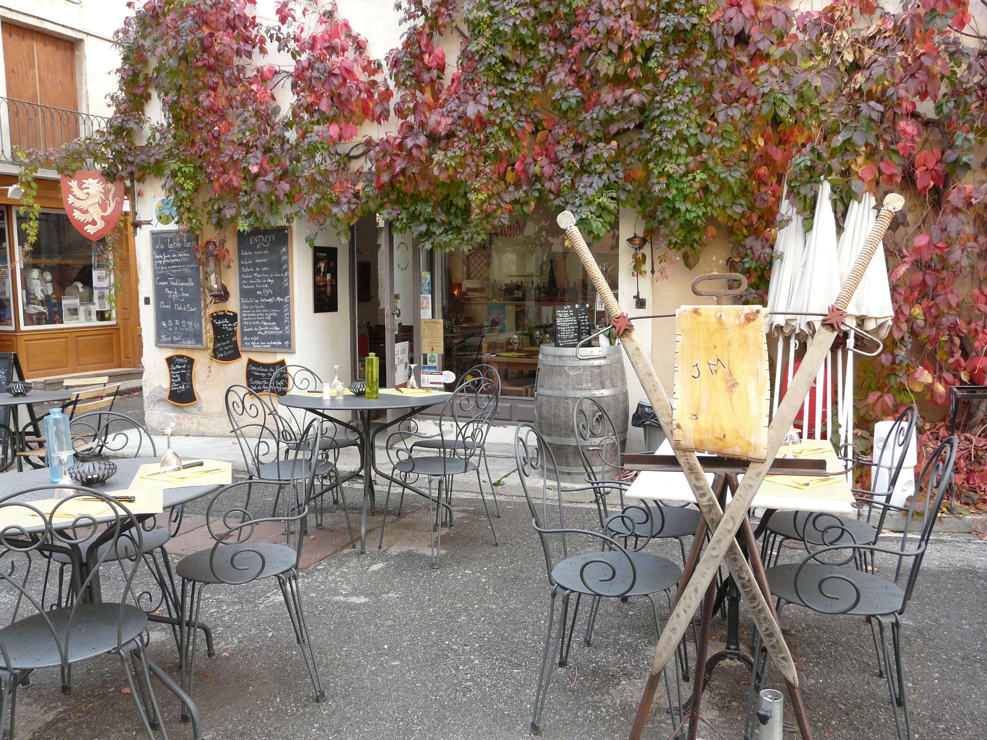 La Table Ronde Colmars   Provence Alpes Côte d'Azur Tourismus
