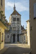 Eglise Saint-Léger Ebreuil Ⓒ Luc OLIVIER