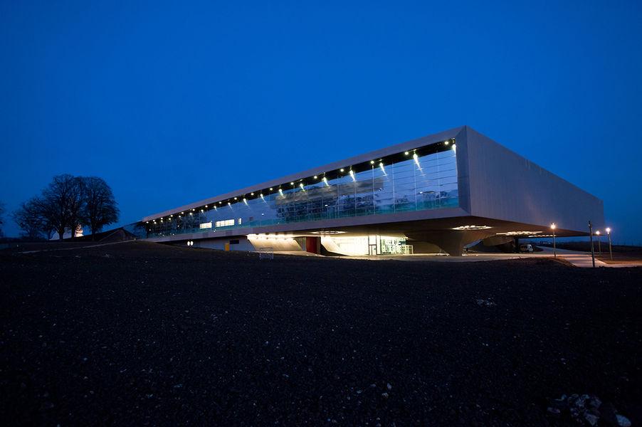 Extérieur du musée de nuit