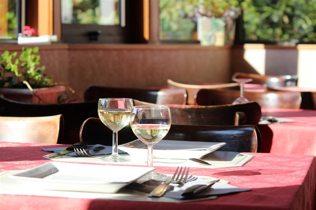 Hôtel George Sand Salle de restaurant Ⓒ Hôtel George Sand