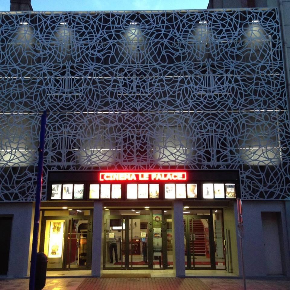 Cinéma Le Palace Façade Ⓒ Cinema