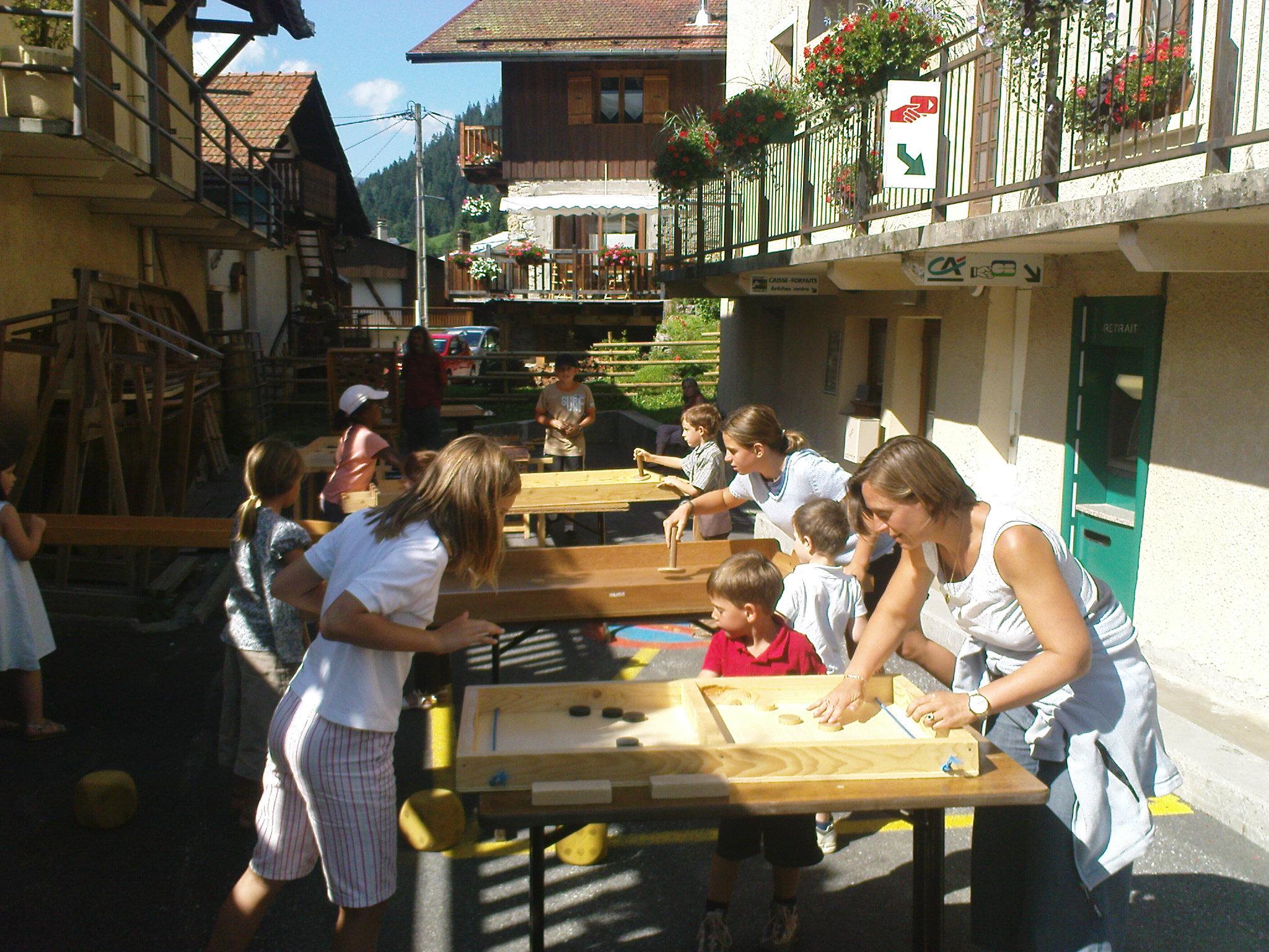 Jeux traditionnels en bois - Arêches