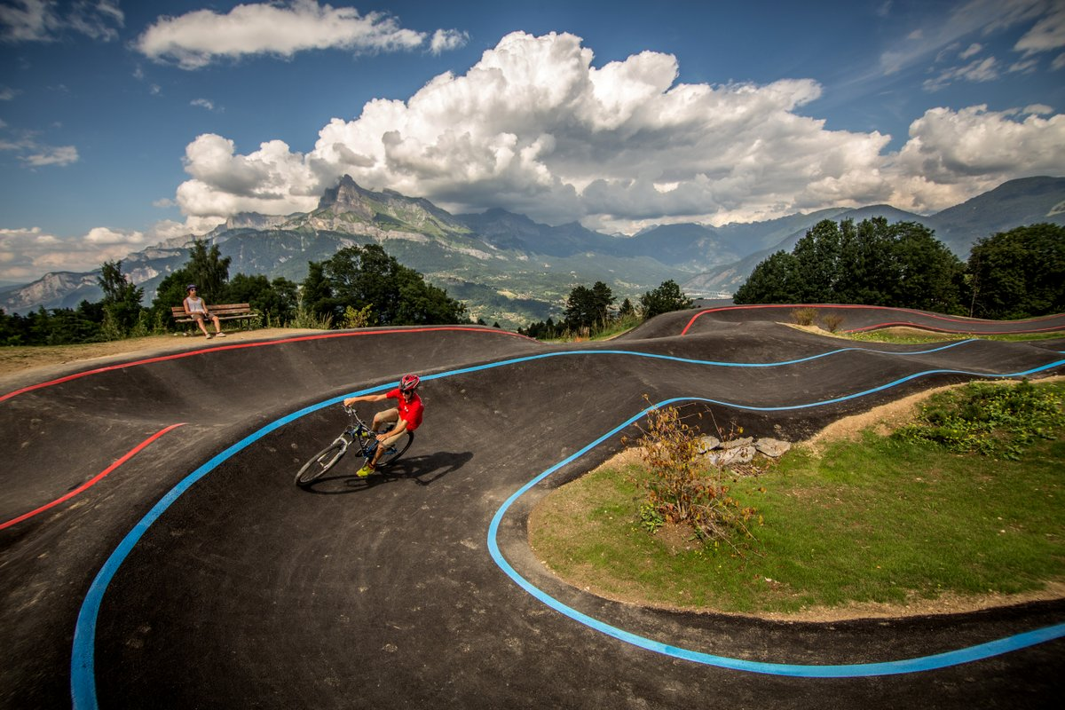 Les plus pump track office de tourisme sallanches - Carroz d araches office de tourisme ...