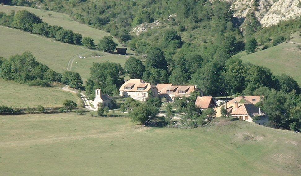 Gîte de Vaunières à Saint Julien en Beauchêne - © villages des jeunes Vaunières