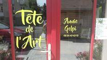 Atelier Tête de l'Art - Cours Vitrine de l'Atelier Ⓒ Anne Gelpi
