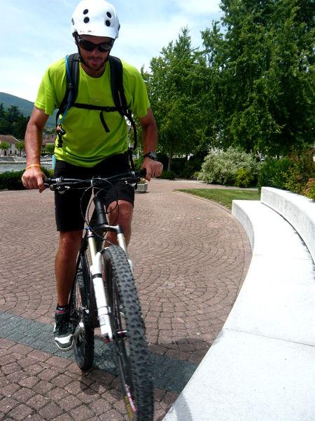 MONTA'VELO - école de vélo // meublés classés en location sur le Massif des Brasses