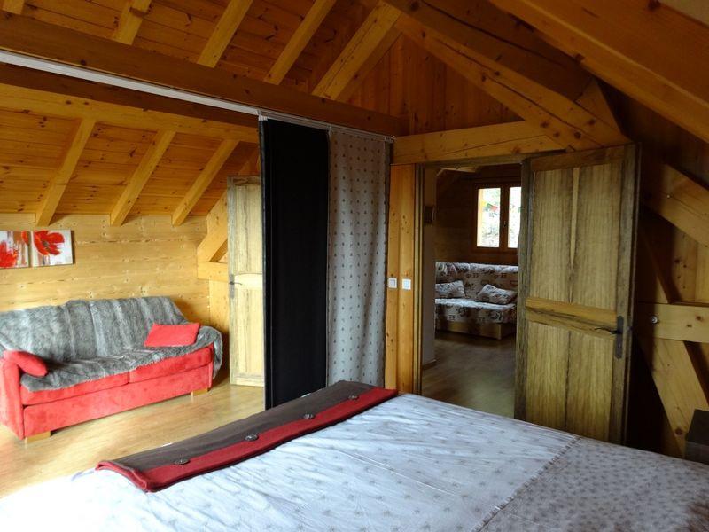 Chambre Location Meublé Chalet Quillawasi Chaillol - © OTi RR