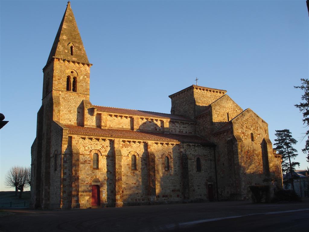 Église Saint-Désiré Vue extérieure Ⓒ Mairie St-Désiré