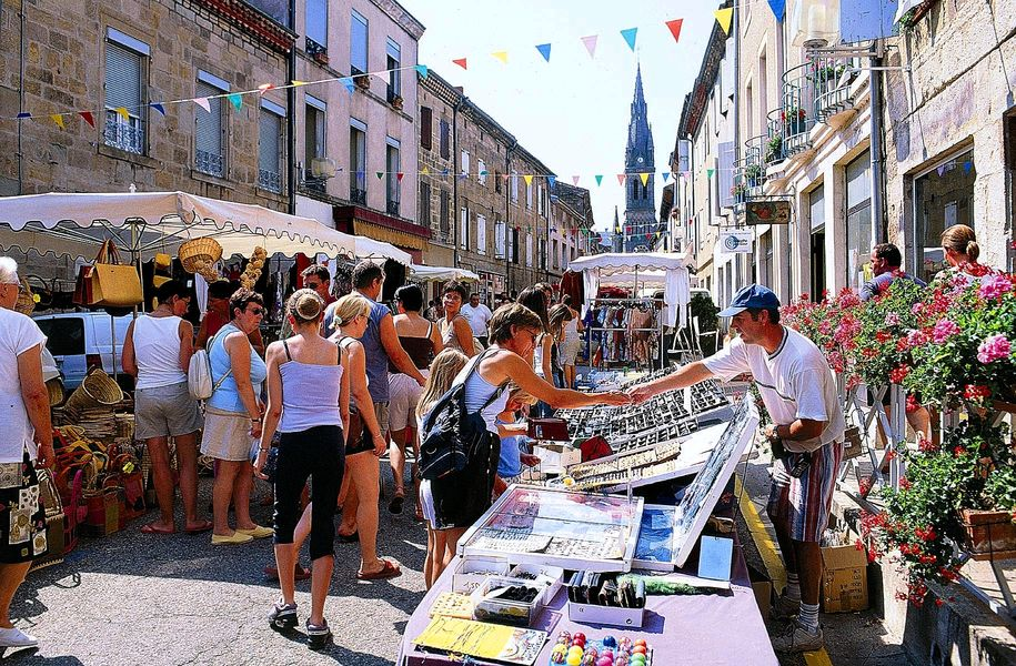 Marché hebdomadaire - Vernoux-en-Vivarais
