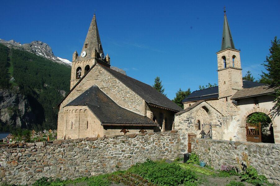 Eglise de La Grave et la chapelle des Pénitents - © J. Selberg