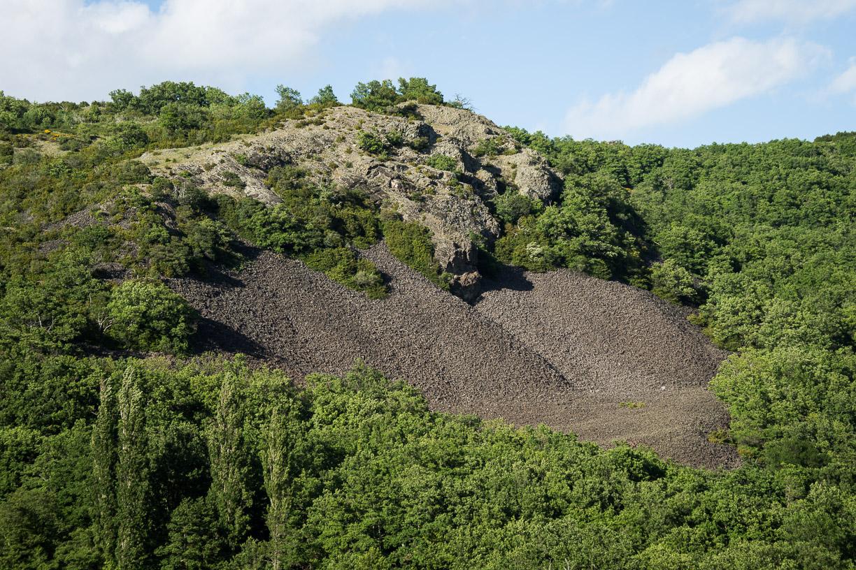Rochemaure, Tour de la montagne Carcot