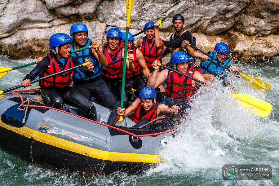 descriptive essays on white water rafting Writing a showing paragraph when you write to show instead of tell, you  a  group of men and women, with a guide, whitewater rafting on.