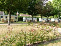 Camping communautaire La Grande Ouche Mobil homes Ⓒ Camping La Grande Ouche