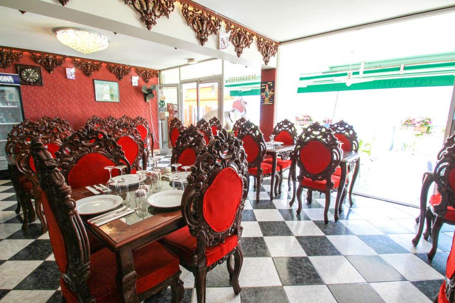 tajmahal-restaurant-aixlesbainsrivieradesalpes-salle