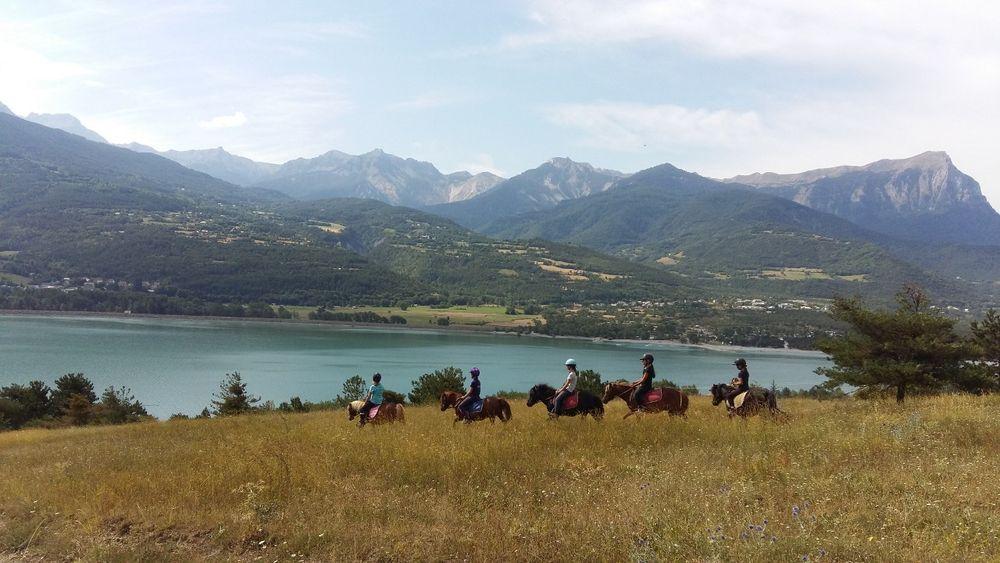 Centre Equestre de l'Embrunais - © Centre Equestre de l'Embrunais