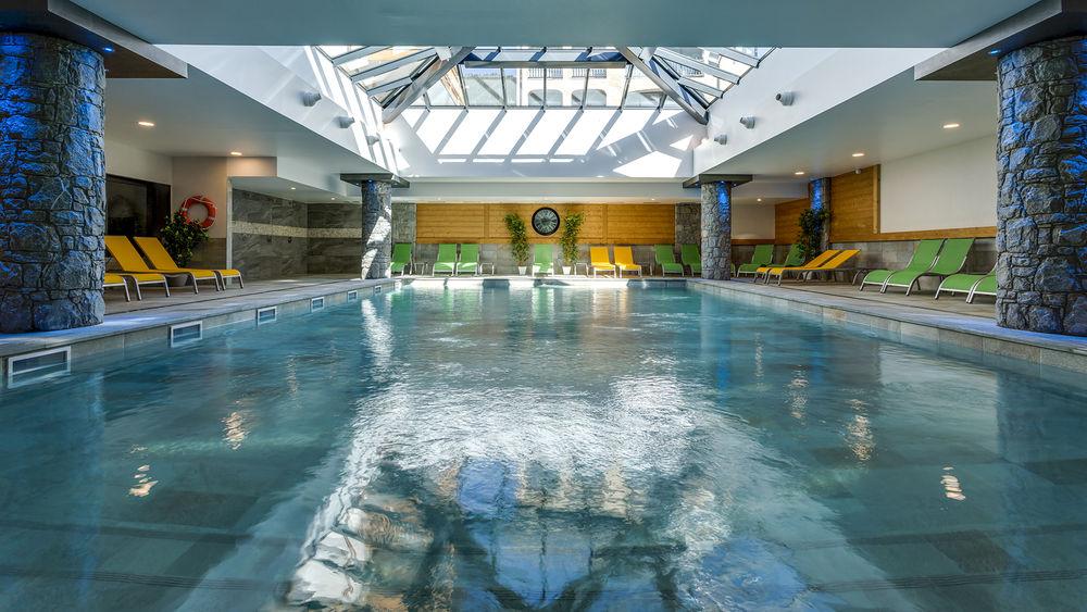 Le Napoléon - La piscine - © Cédric Chauvet