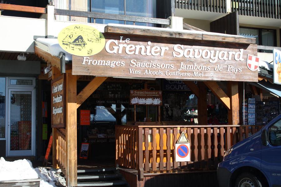 Le grenier savoyard office de tourisme la chambre for Bus saint avre la chambre saint francois longchamp