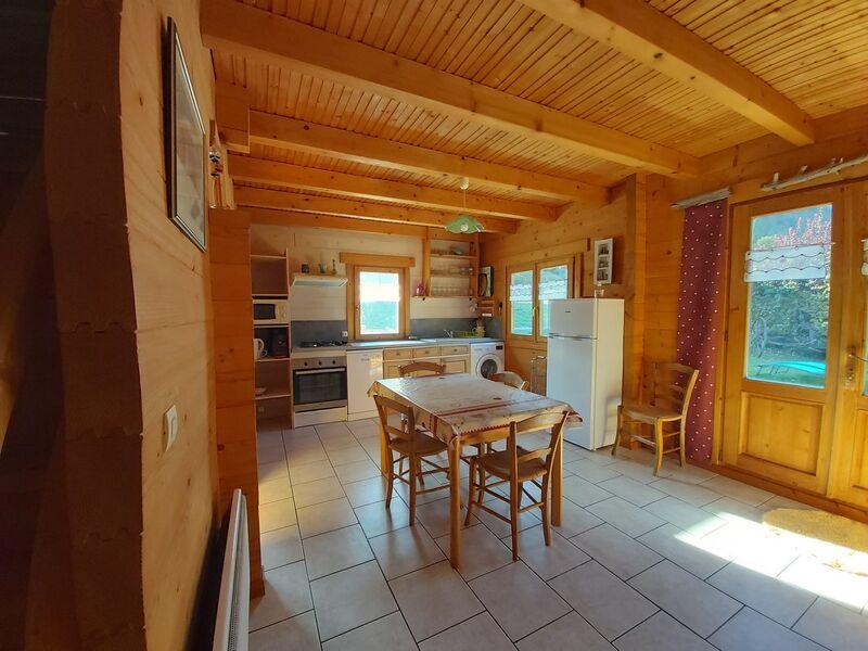 Location Meublé M. ALLEMAND Ph Saint Léger les Mélèzes Vallée du Champsaur - © OTi CV