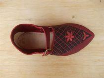 Au cuir d'Anta Chaussure cousue main Ⓒ J.-P Berniotn - 2014