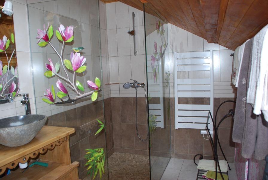 La bugeonnette office de tourisme la chambre for Bus saint avre la chambre saint francois longchamp