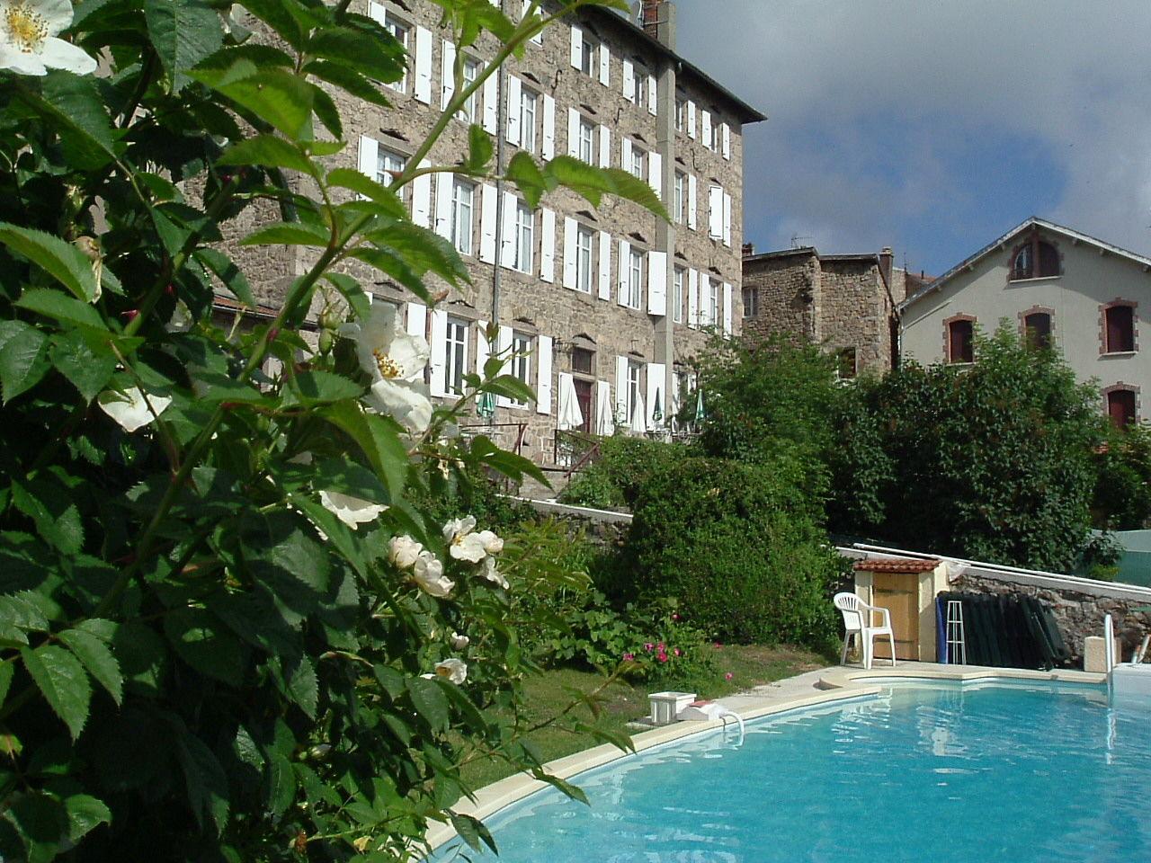 Relais du Monarque (Lalouvesc,Ardèche), Bed & breakfast