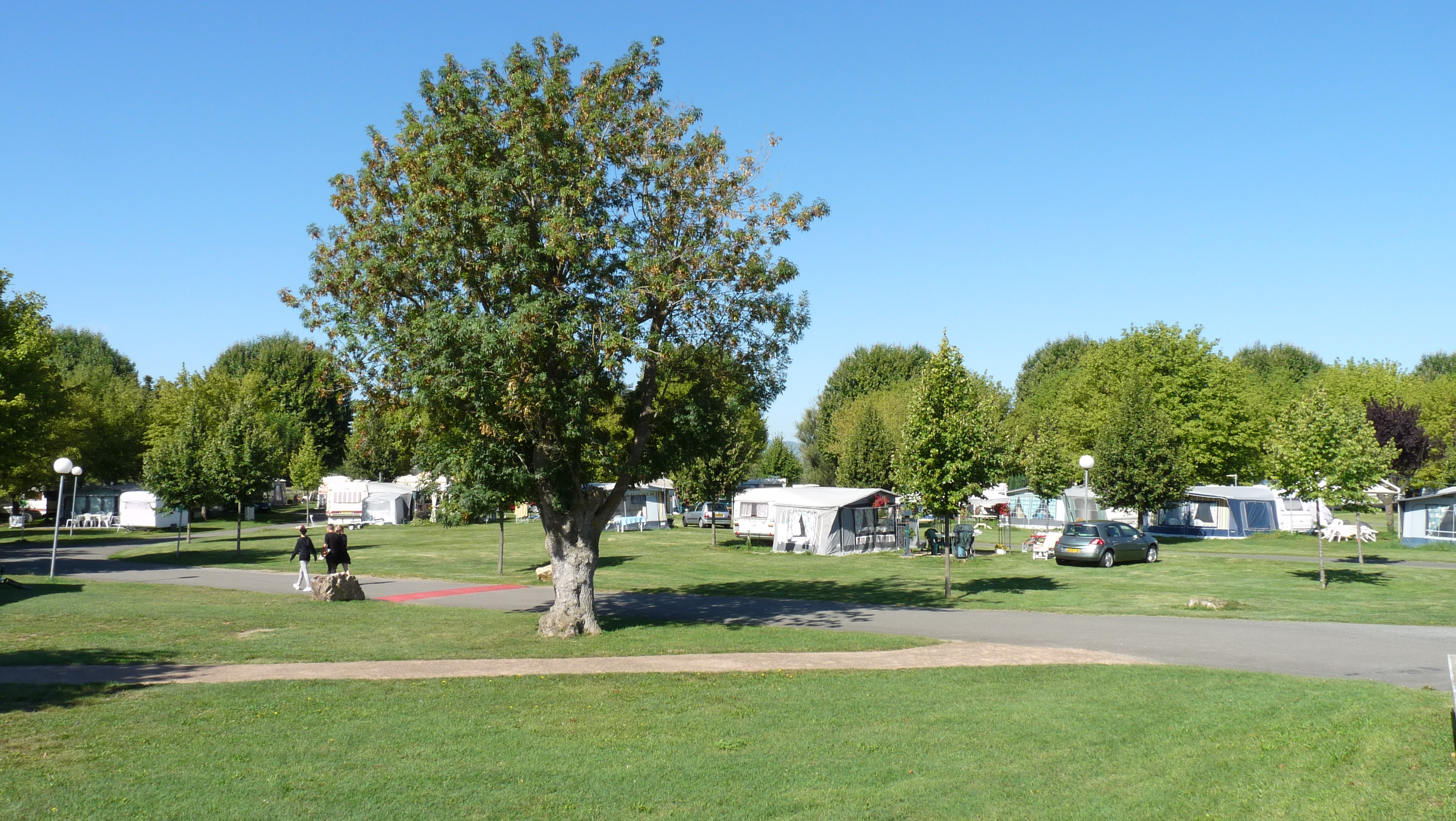 "Camping ""Les Mûriers"""