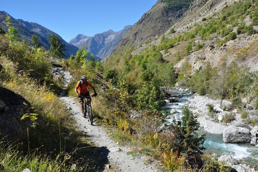 Tour de la Valgaude en VTT - © Stéphane Van Wonterghem, O2 Biker
