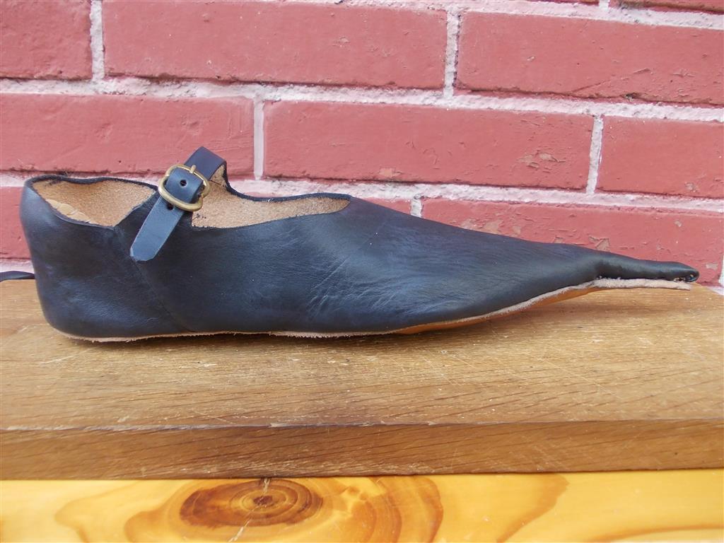 Au cuir d'Antan Chaussure en cuir Ⓒ J.-P Berniot -  2014