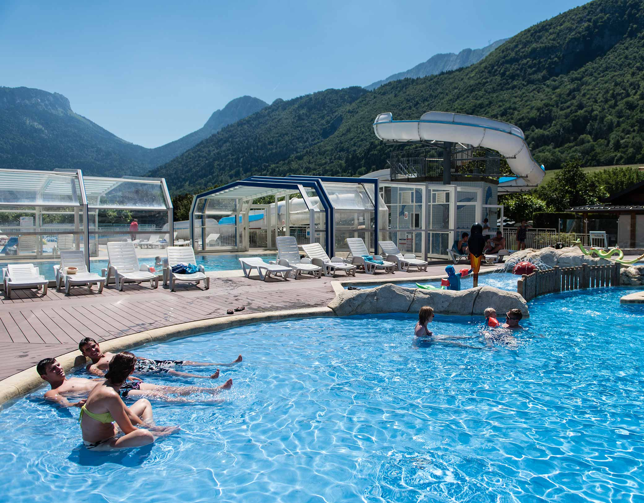 Camping rhone alpes avec piscine lac for Camping provence avec piscine