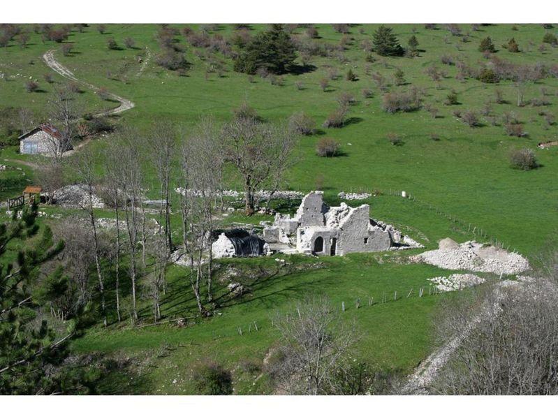 Vestiges de l'Abbaye de Clausonne