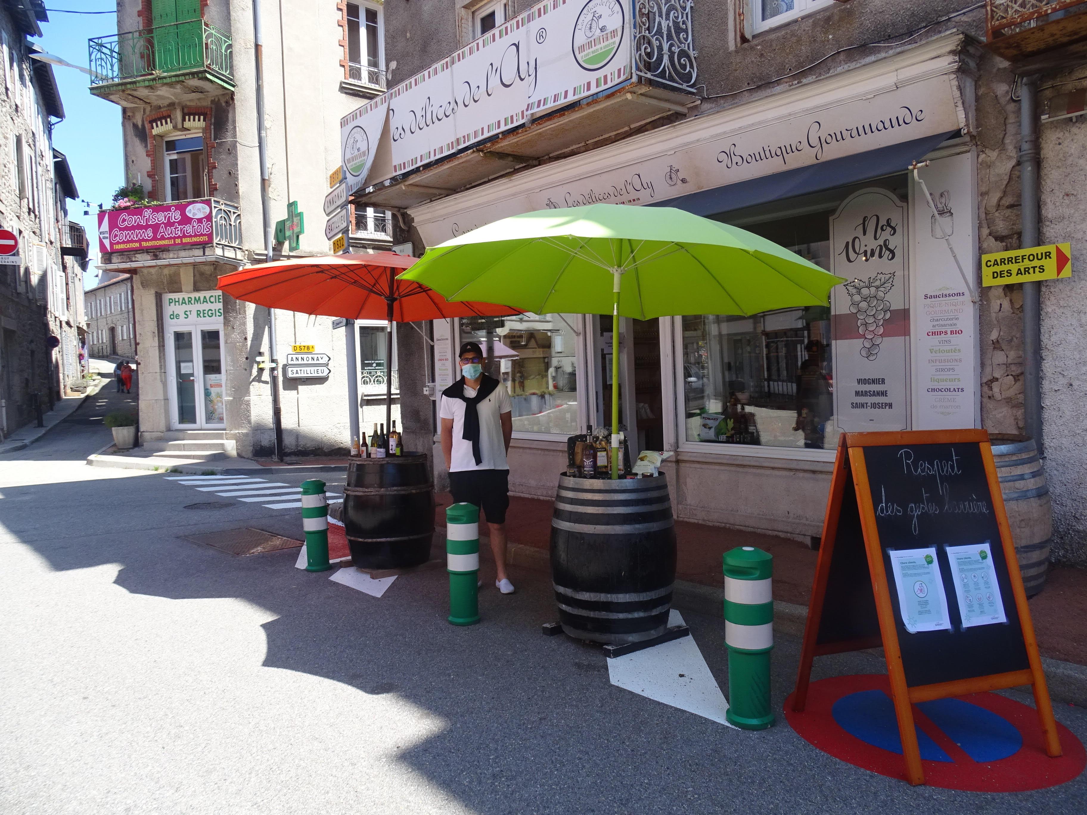 Les Délices de lAy (Lalouvesc,Ardèche), Commerces
