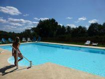 camping naturiste Les Fourneaux Couzon piscine Ⓒ Camping Le Fourneau - 2016