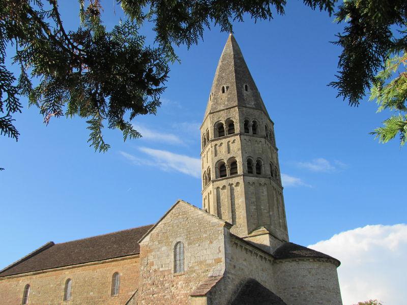http://Visite%20estivale%20de%20l'église%20romane%20de%20Saint-André-de-Bâgé