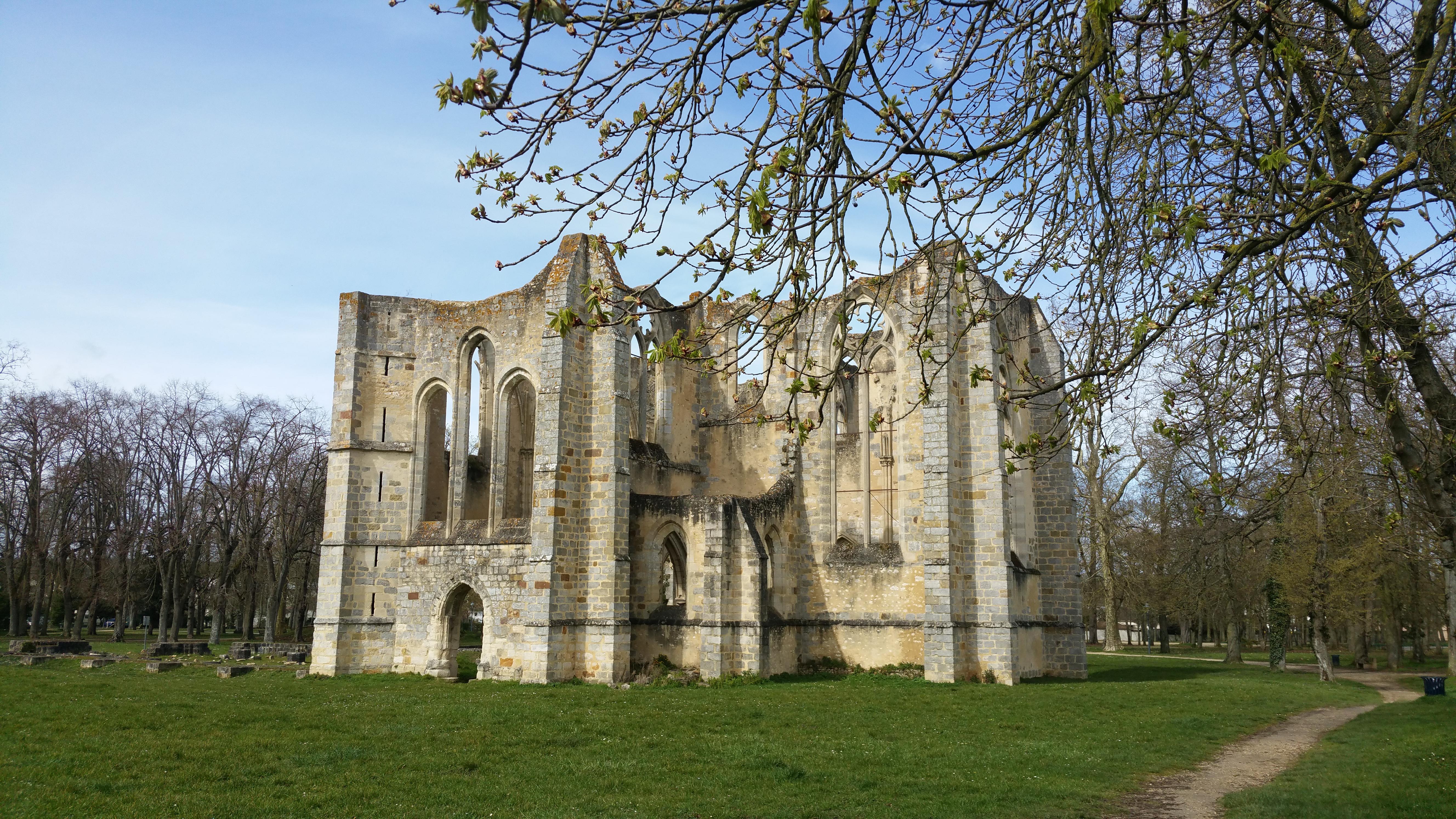 Abbaye du Lys - © Marie Striebel