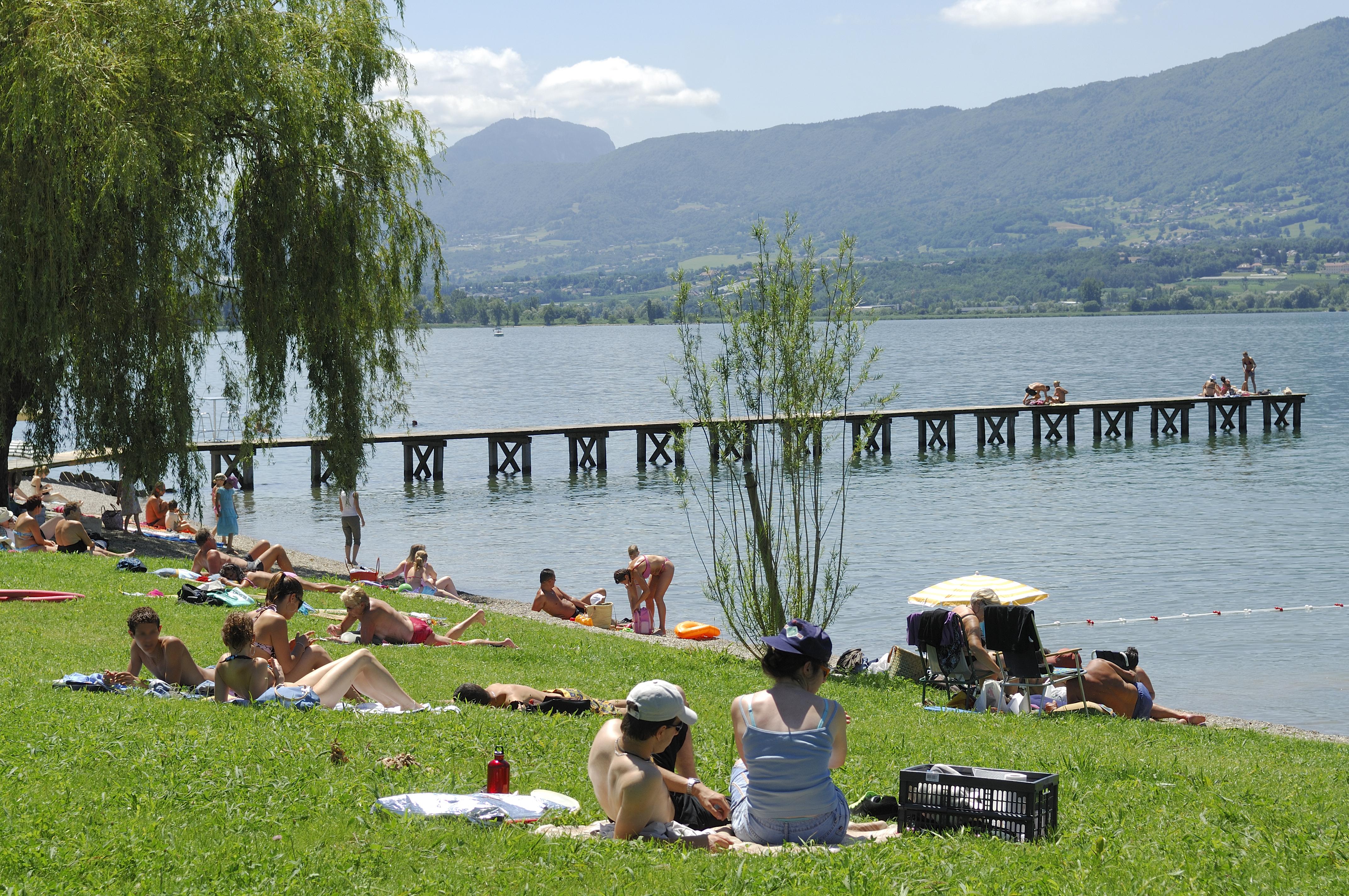 Le Bureau Aix Les Bains : Plage du lido aix les bains riviera des alpes