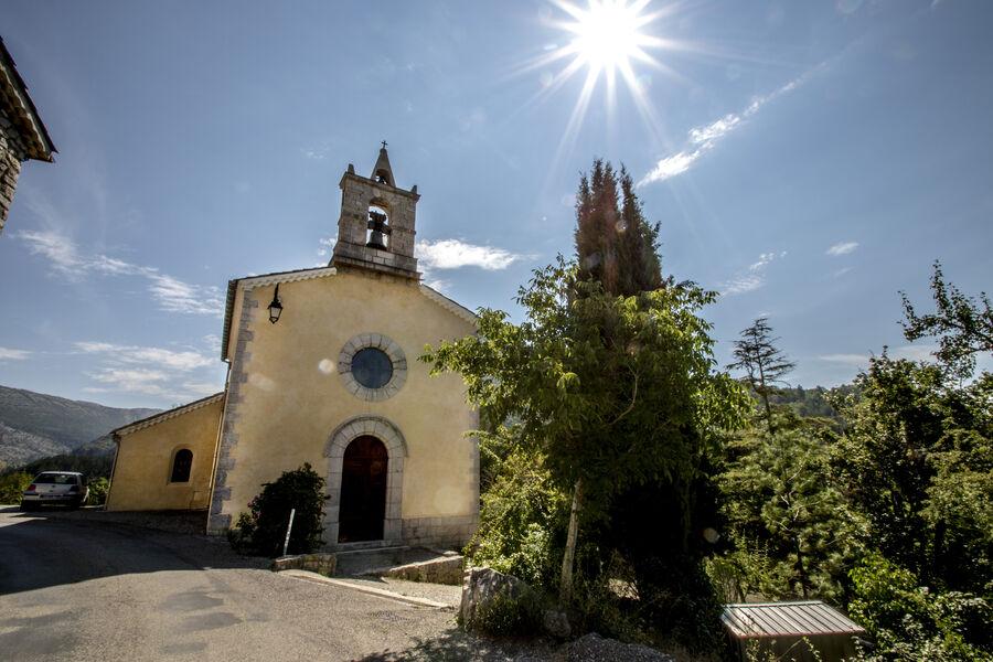 Visite de l'église de Saint-Genis - � Patrick Domeyne